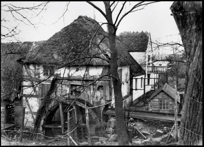 Svogerslev mølle før 1933. Foto Nationalmuseet.