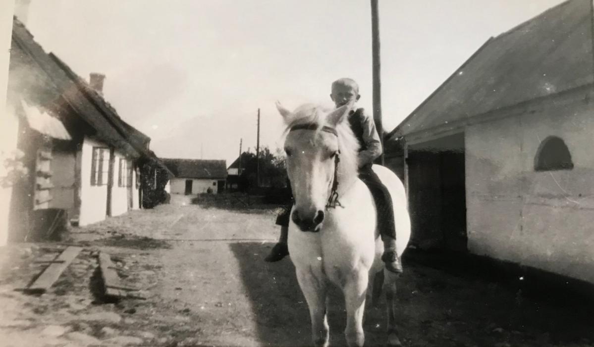 Strædet, 1935. Billedet er i privateje.