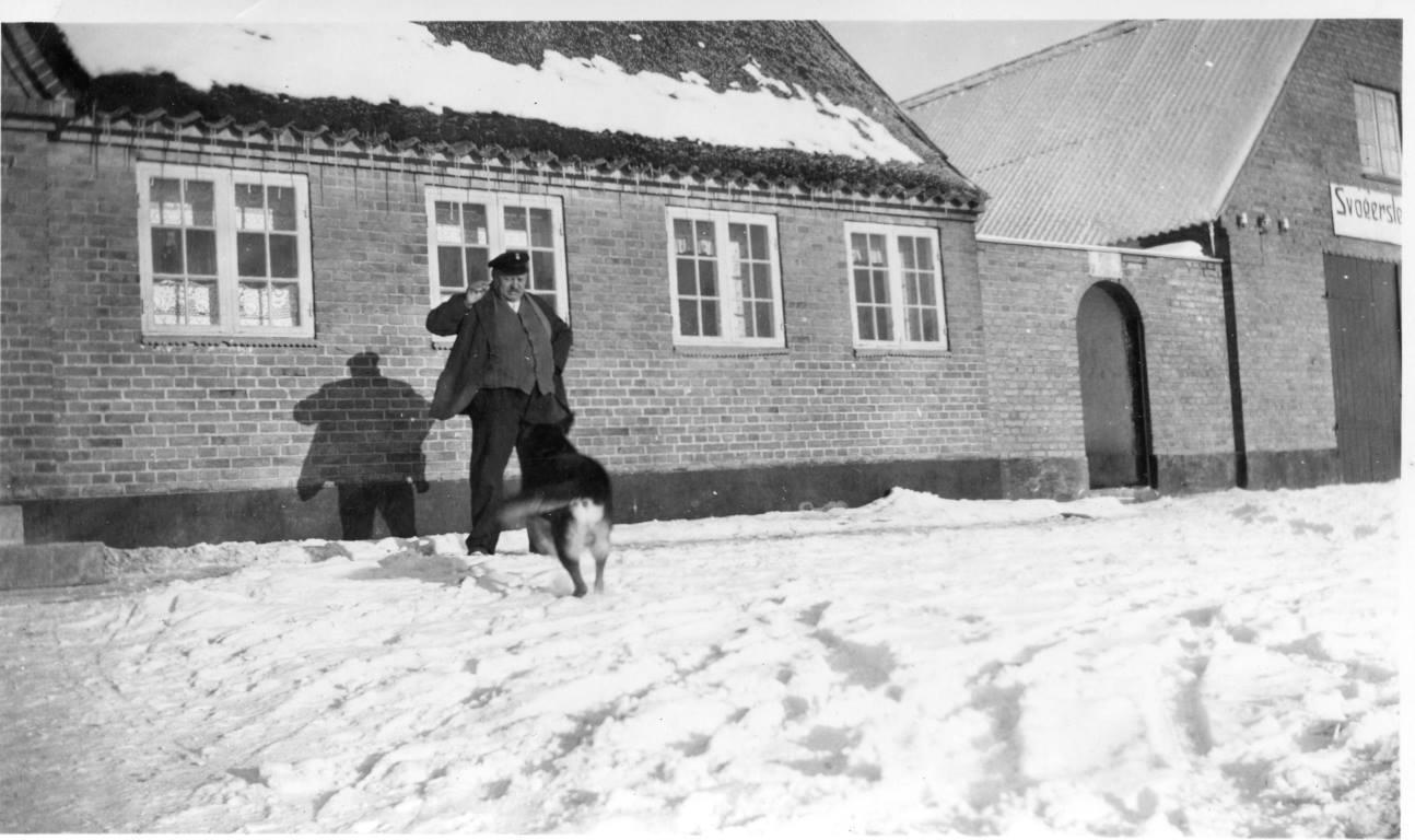Svogerslev Kro, Billedet er i privateje og er tilsendt af Michael Reher Thorvaldsen.